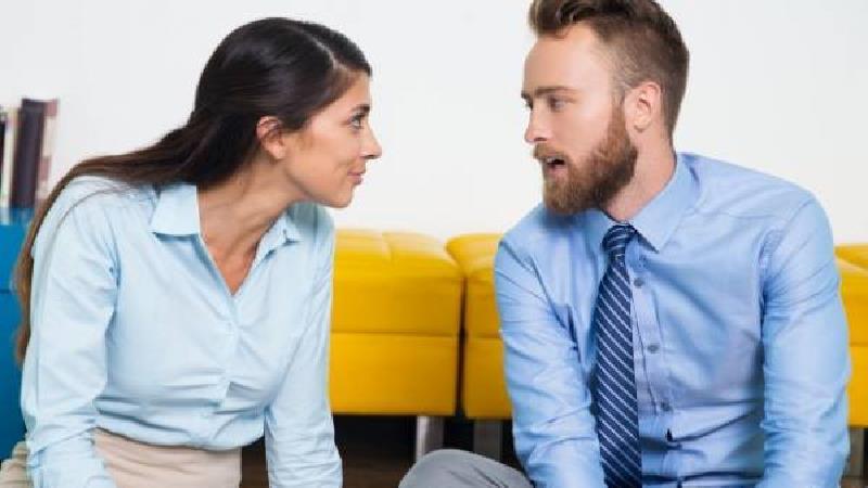 رفتارهایی که فقط مردان عاشق از خود نشان میدهند