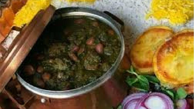 طرز تهیه خورش قورمه سبزی مجلسی و خوشمزه با مرغ