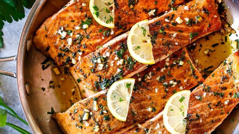 طرز سرخ کردن ماهی بسیار خوشمزه رستورانی و مجلسی+ نکات بسیار مهم سرآشپزها