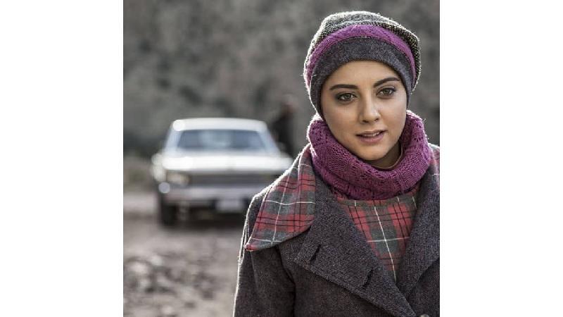 بیوگرافی کامل یلدا افشارنیا بازیگر نقش مهناز در سریال روزهای ابدی