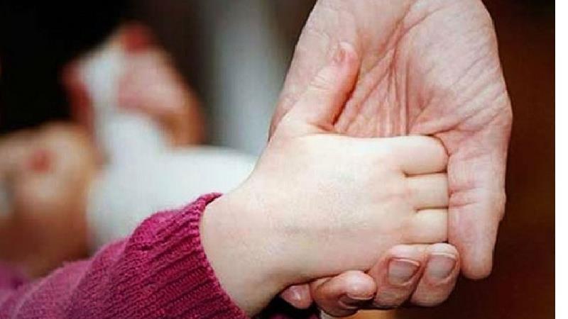 حضانت فرزند چیست و حضانت فرزند بعد از طلاق یا مرگ والدین با چه کسی است