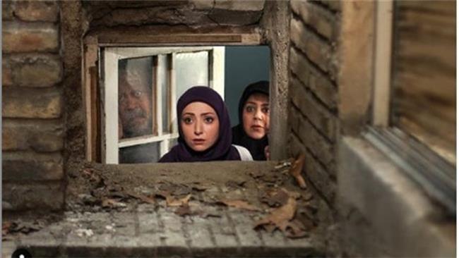 بیوگرافی کامل فرزانه سهیلی بازیگر نقش نگار در سریال با خانمان