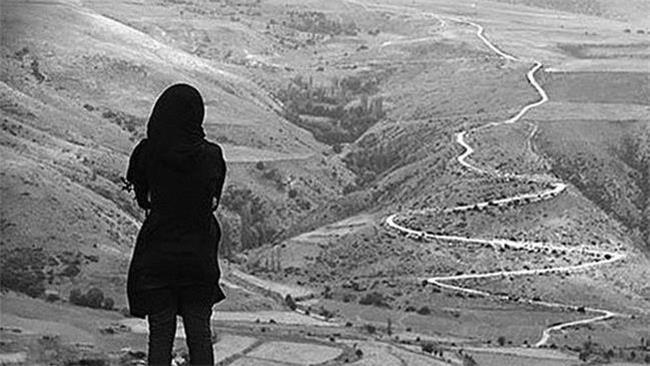 فرار دختر نوجوان با یک عشق خیابانی به خاطر سختگیری خانواده