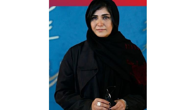 ببینید ؛ تیپ خاص و زیور آلات عجیب باران کوثری در جشنواره فیلم فجر