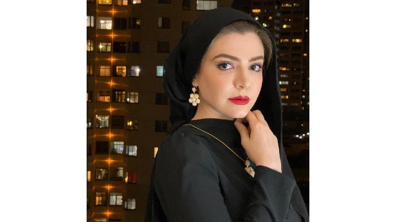 جدیدترین عکسهای و دلنوشته آوا دارویت بازیگر دورگه ایران