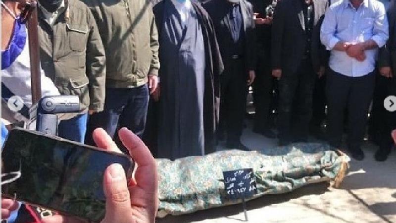 ببینید: اولین عکس ها از مراسم خاکسپاری آزاده نامداری