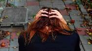 افسردگی فصل پاییز و زمستان چیست و چطور درخانه درمان کنیم