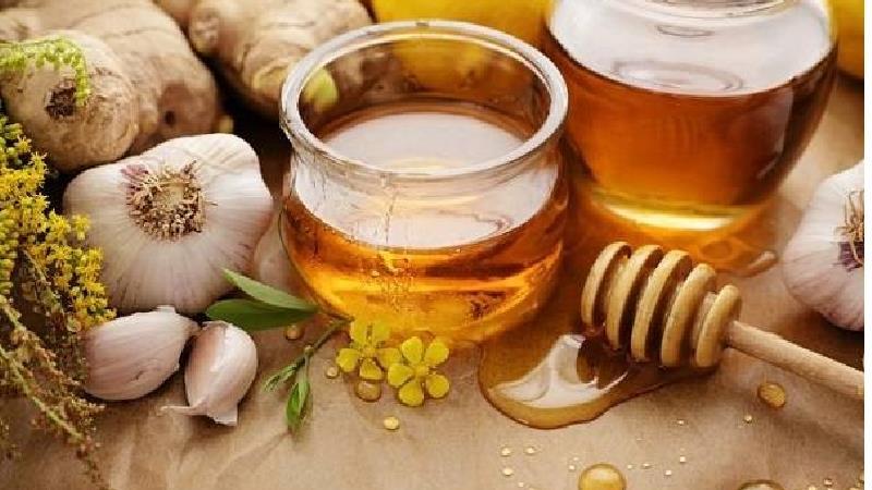 ترکیب سیر وعسل