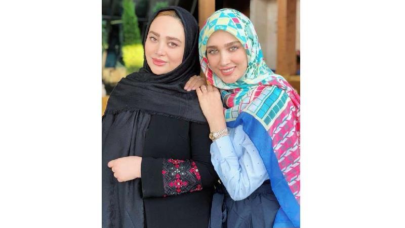 آناشید حسینی و خواهرشوهرش