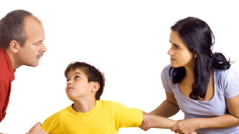 حضانت فرزند پسر تا چه زمانی با مادر است