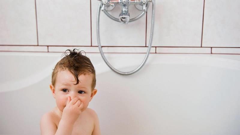 از بین بردن بوی بد فاضلاب در خانه