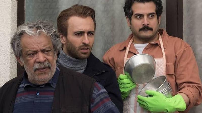مهروز ناصر شریف در کنار حسام محمودی و حسن پورشیرازی
