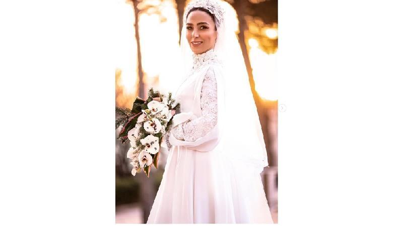 سوگل طهماسبی در لباس عروس